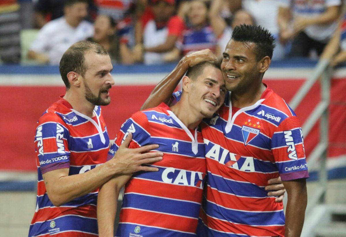 Fortaleza vence o Criciúma na Arena Castelão e mantém liderança