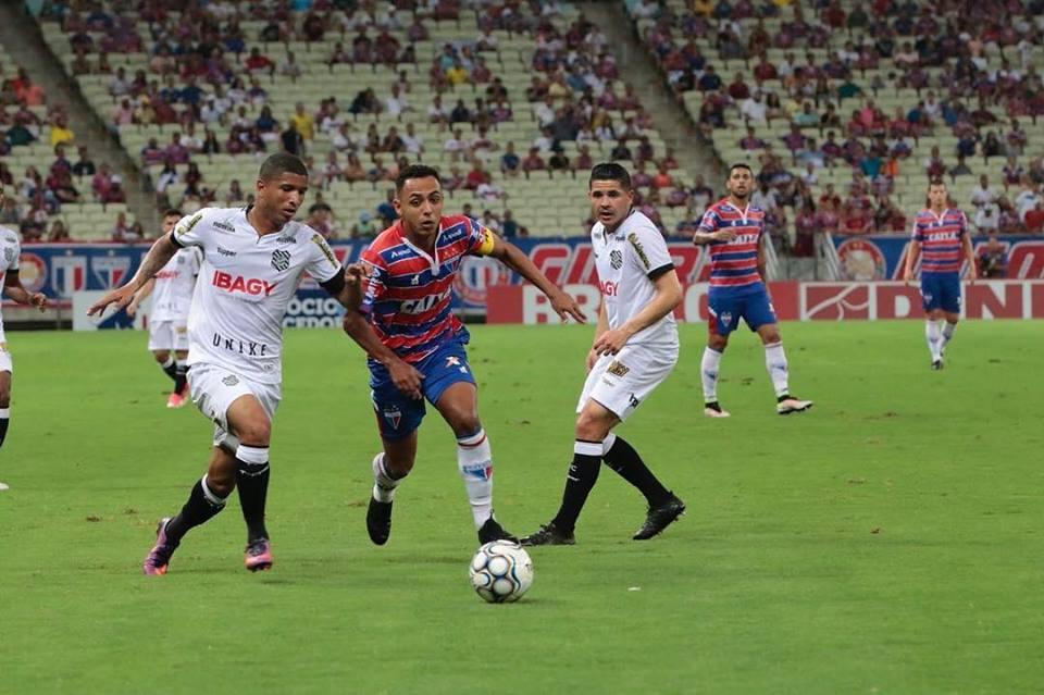 Fortaleza empata com Figueirense pela 25ª rodada da série B