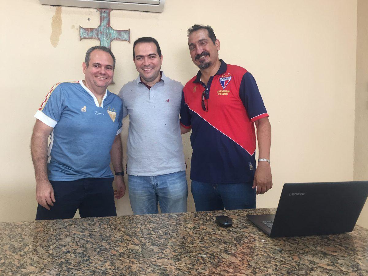 Sócios aprovam estrela de título nacional no escudo do clube