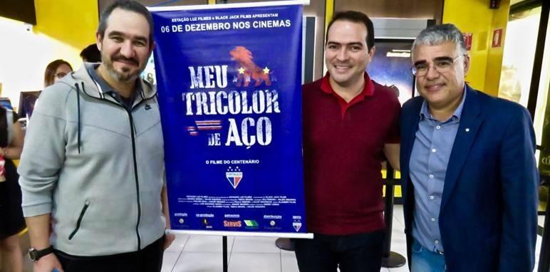 """Pré-estreia do filme """"Meu Tricolor de Aço"""" reúne profissionais do Fortaleza e torcedores em SP"""