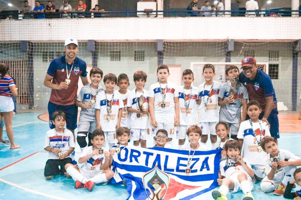 Leõezinhos levam título da Copa Golaço de Futsal