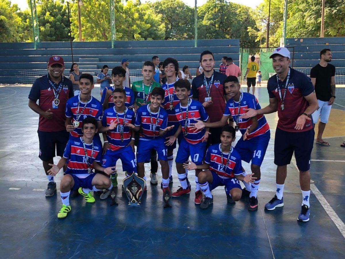 Sub-13 conquista Copa Golaço de Futsal