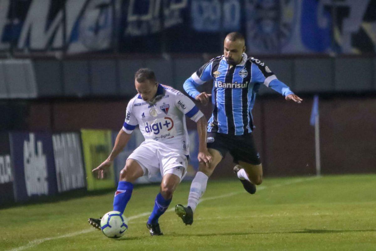 Fortaleza perde para Grêmio em Caxias do Sul.