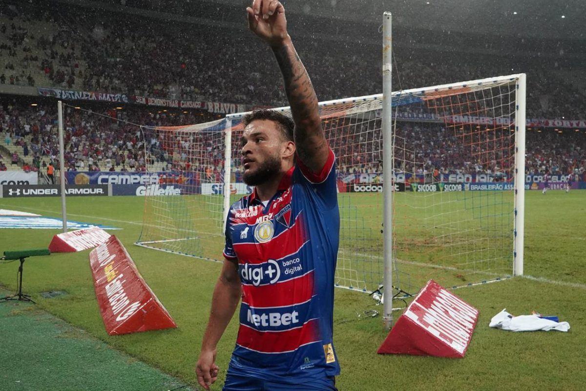 Fortaleza bate o Cruzeiro no Castelão