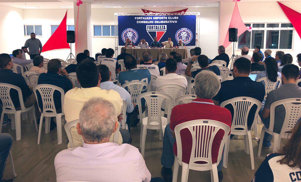 Conselho Deliberativo instala comissão jurídica para tratar dos direitos de transmissão de jogos do Fortaleza
