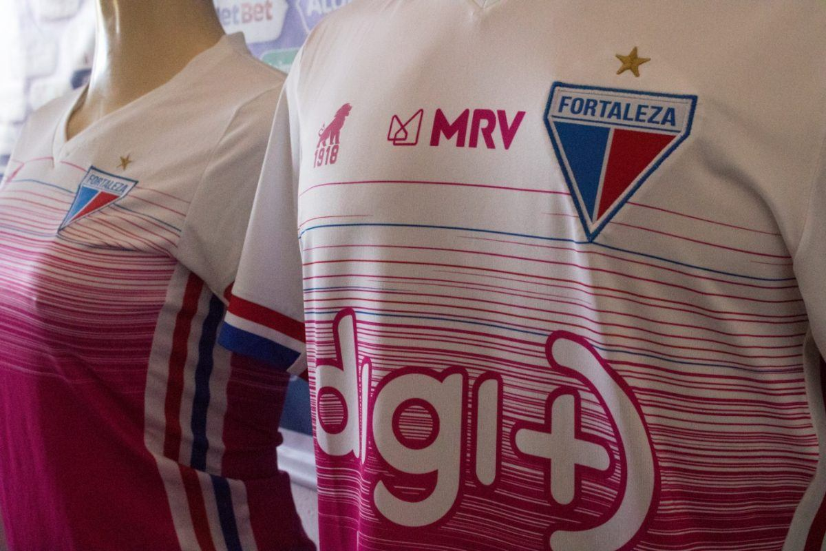 Fortaleza lança camisa alusiva ao Outubro Rosa