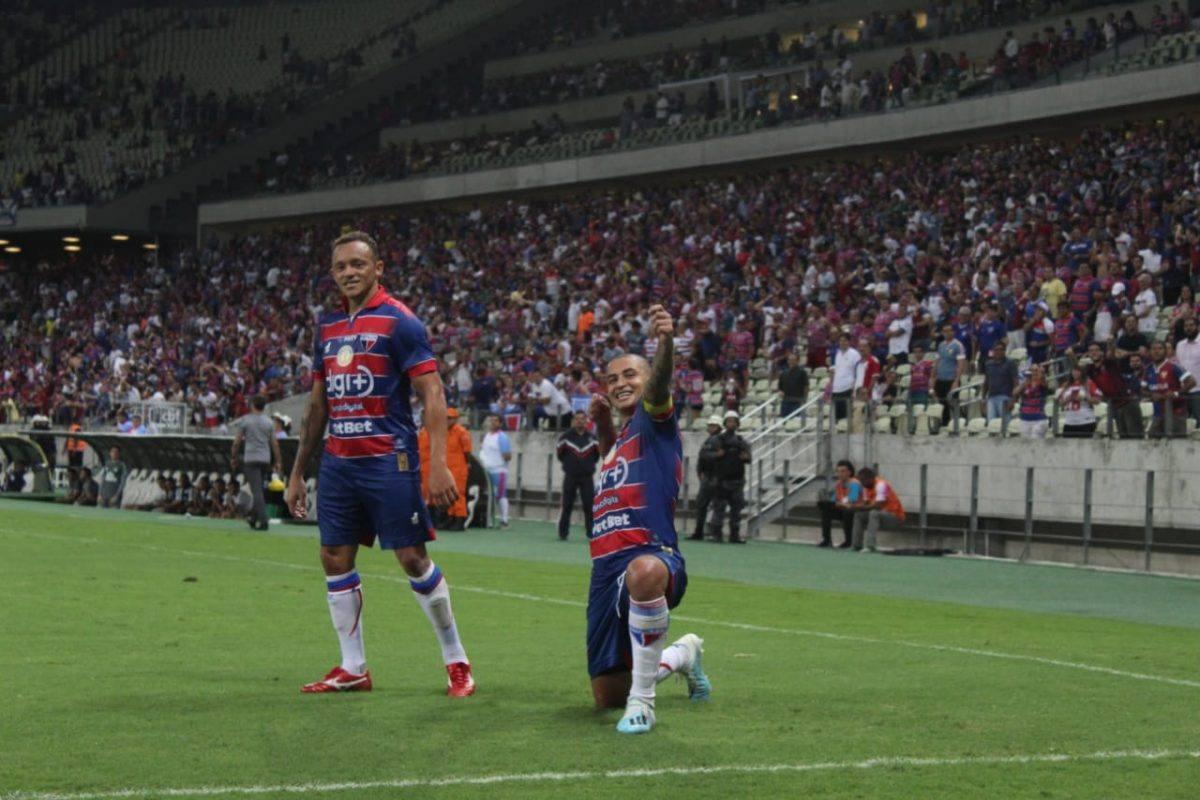 Wellington Paulista comanda a vitória do Leão diante da Chapecoense