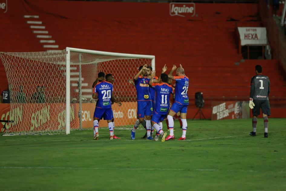 Fortaleza derrota Náutico e garante classificação para segunda fase da Copa do Nordeste