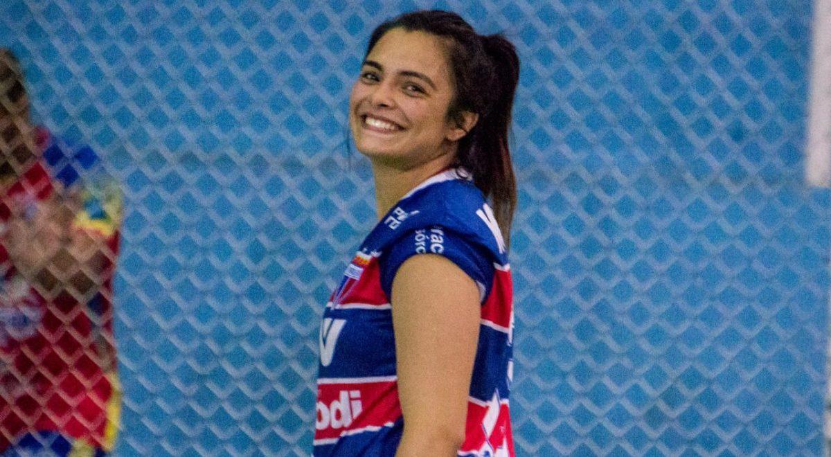 Handebol: Gabrieli Moraes carrega títulos e conquistas em sete anos defendendo a camisa tricolor