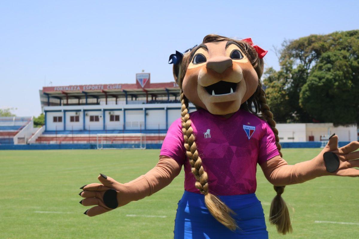Fortaleza lança camisa do Outubro Rosa e apresenta mascote feminina. Votação para a escolha do nome da mascote já está aberta no aplicativo do clube