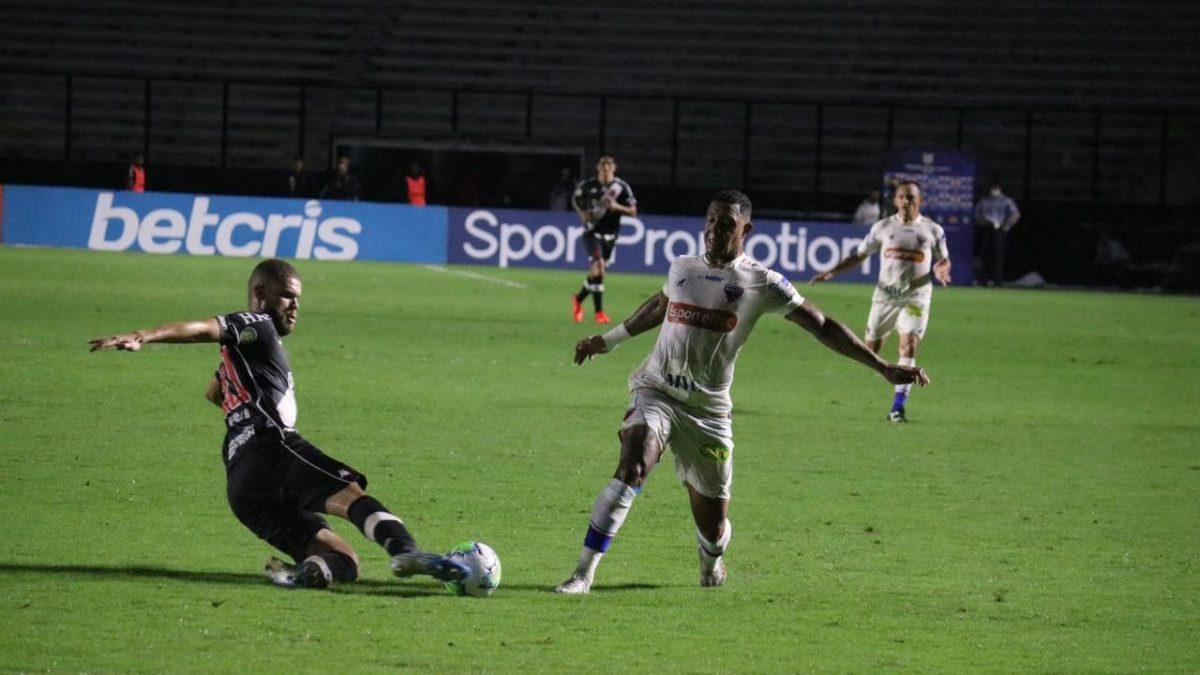 Fortaleza e Vasco empatam, e tricolor volta à 12ª colocação na tabela da série - A